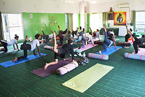 yoga ashram in rishikesh india